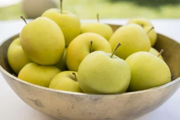 Obst- und Gemüsesalate zur Gewichtsreduktion