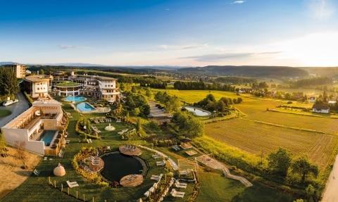 Gartenparadies und Hotel Larimar
