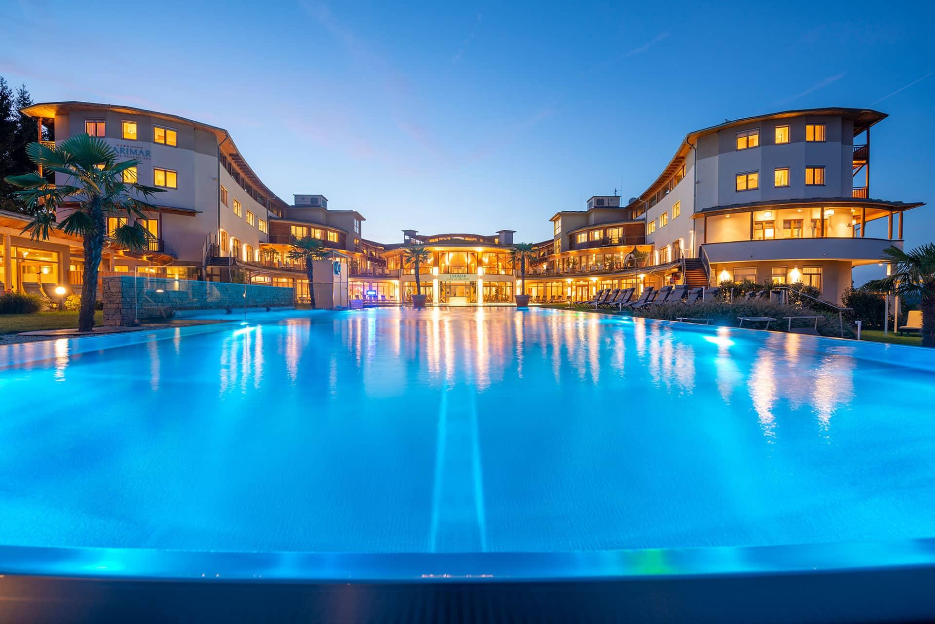 Hotel Larimar mit großem Infinitypool