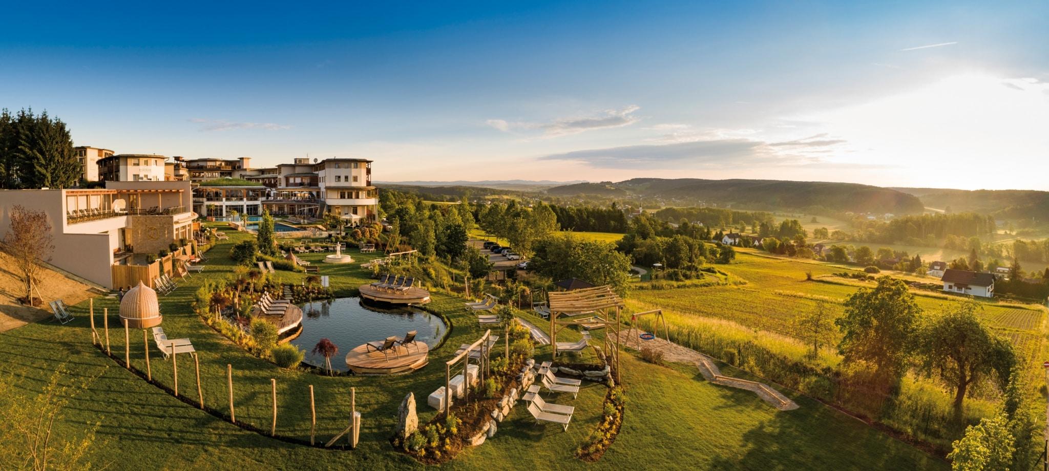 8.000 m² großes Larimar-Gartenparadies