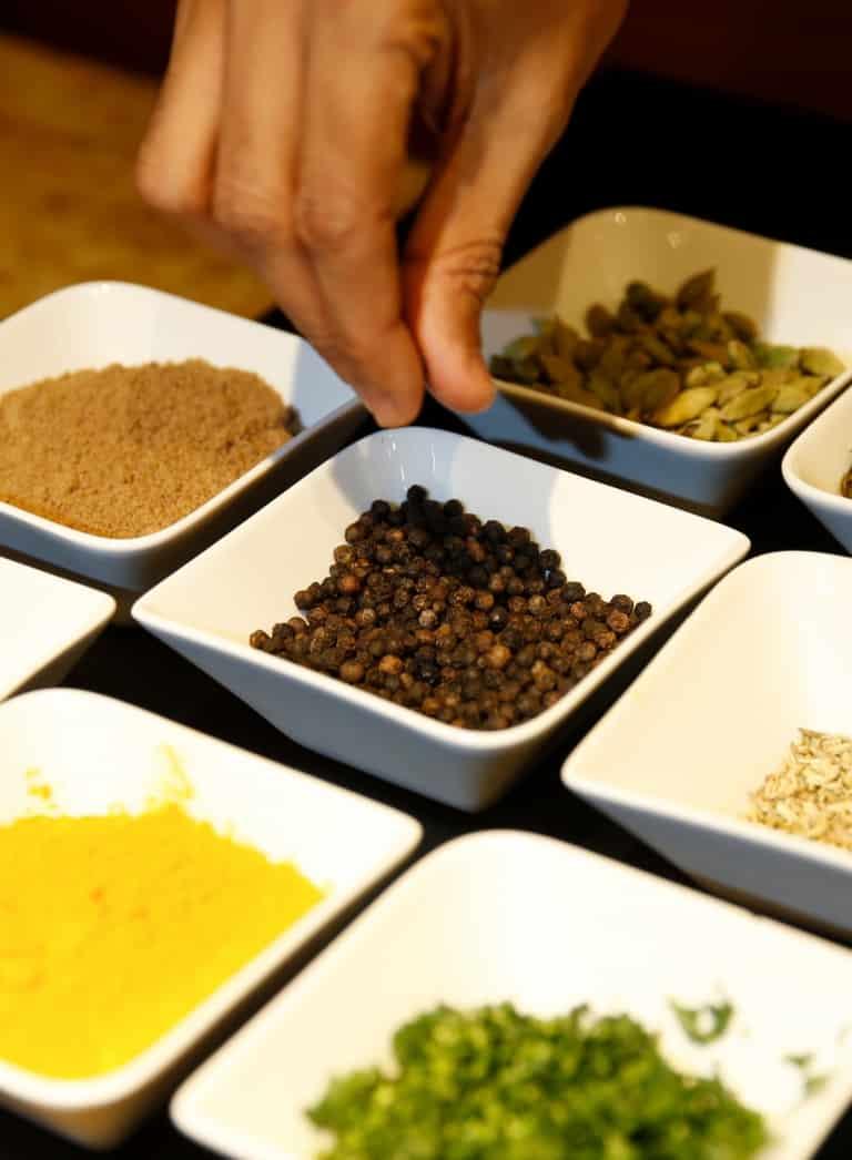 Ayurvedische Gerichte mit Kräutern verfeinert in Stegersbach im Hotel Larimar