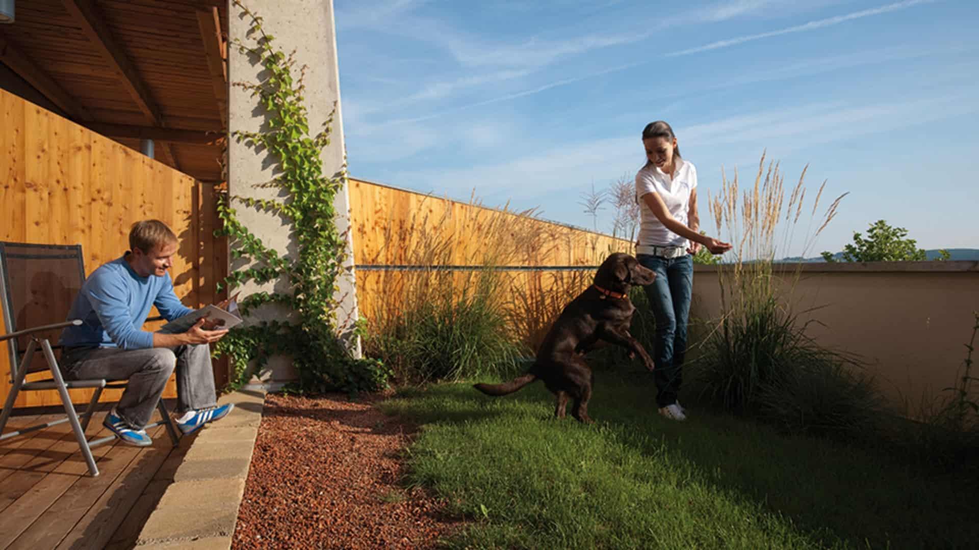 Urlaub mit Hund im Zimmer mit Garten