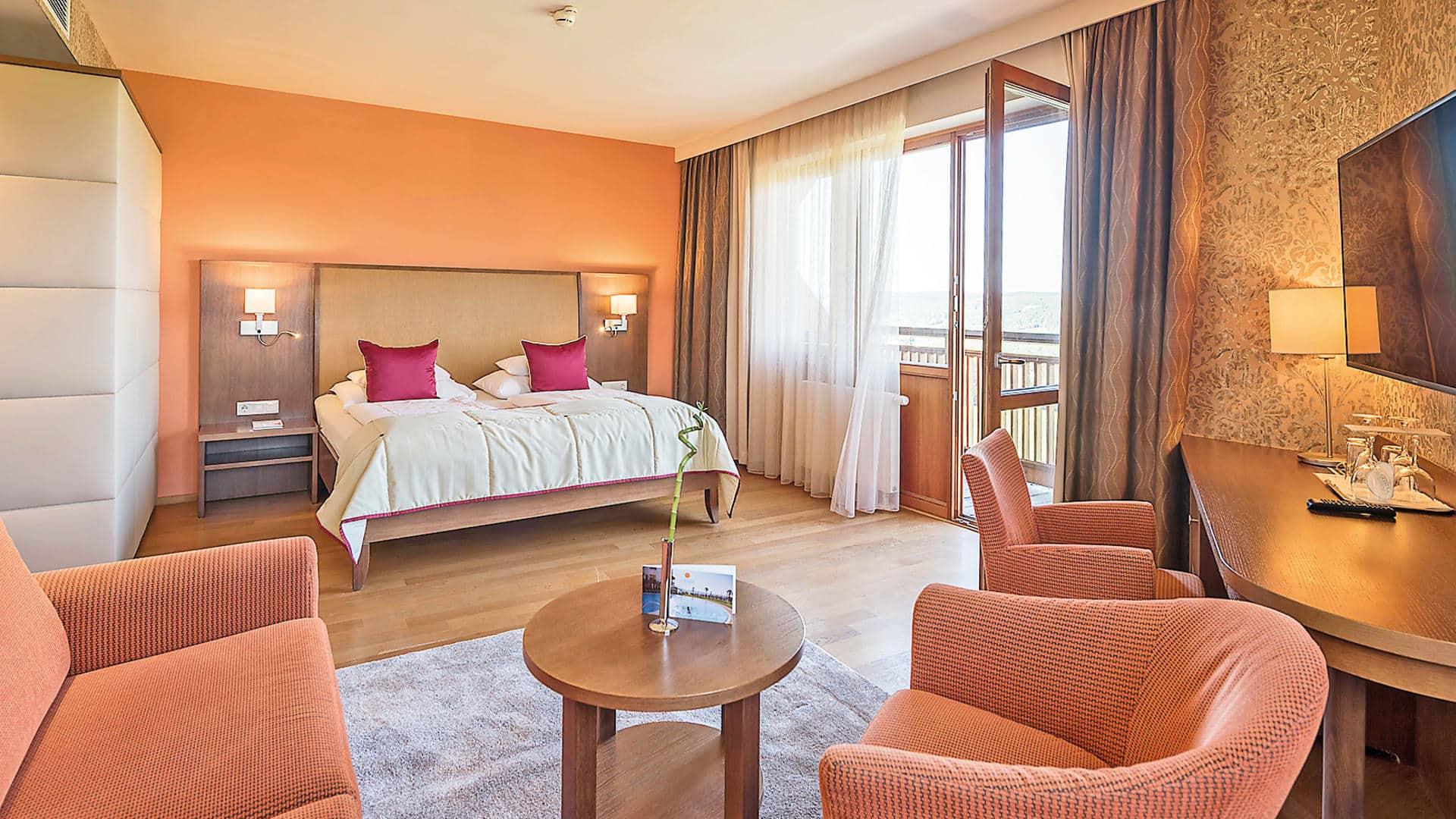 Panorama-Suite Erde im Hotel Larimar