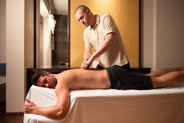 Energetische Behandlung für den Rücken