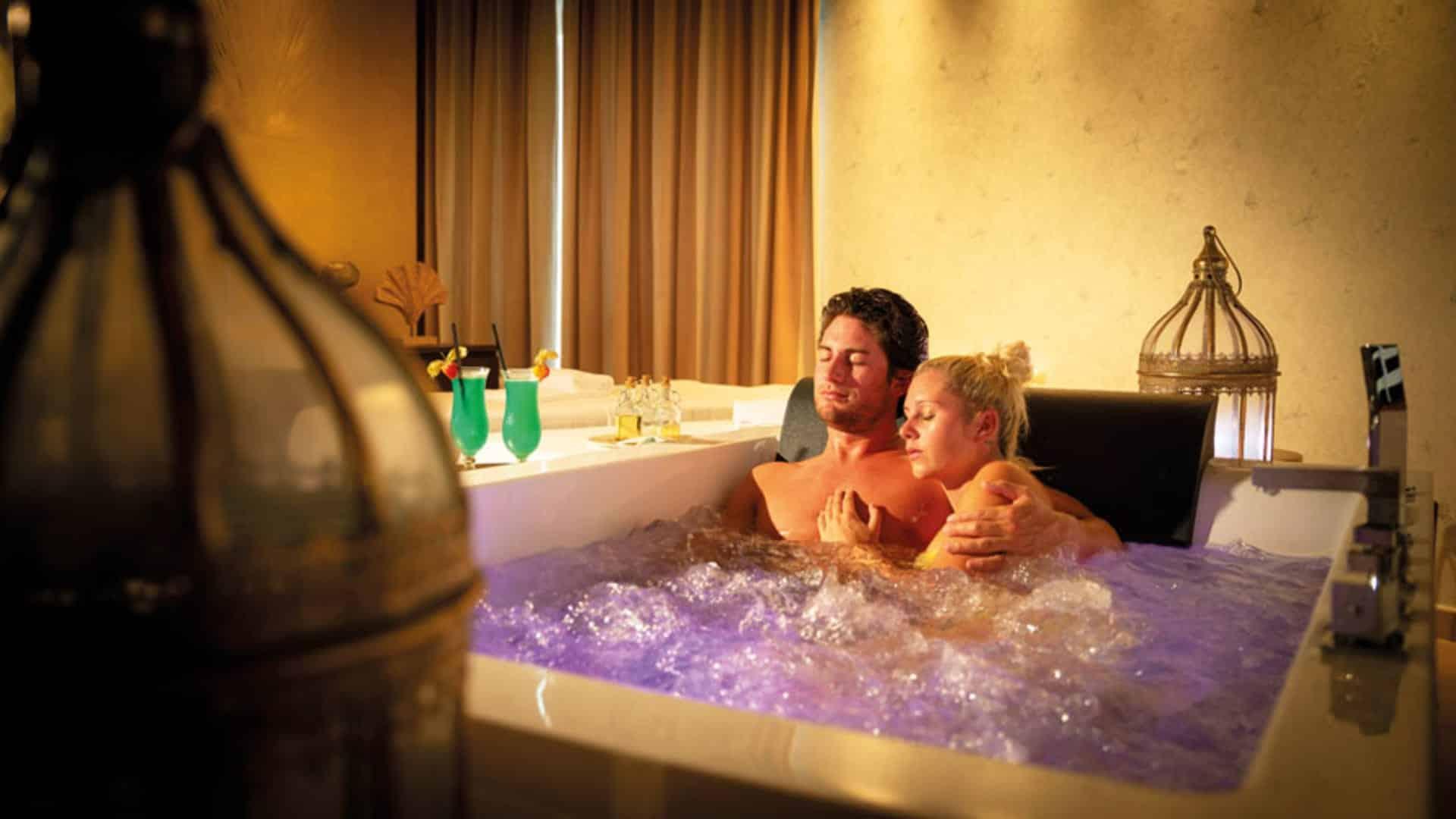 Romantik Spa Suite im Top Hotel Larimar