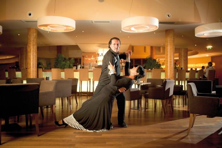 Latino Tänze mit heißen Rhythmen im Larimar