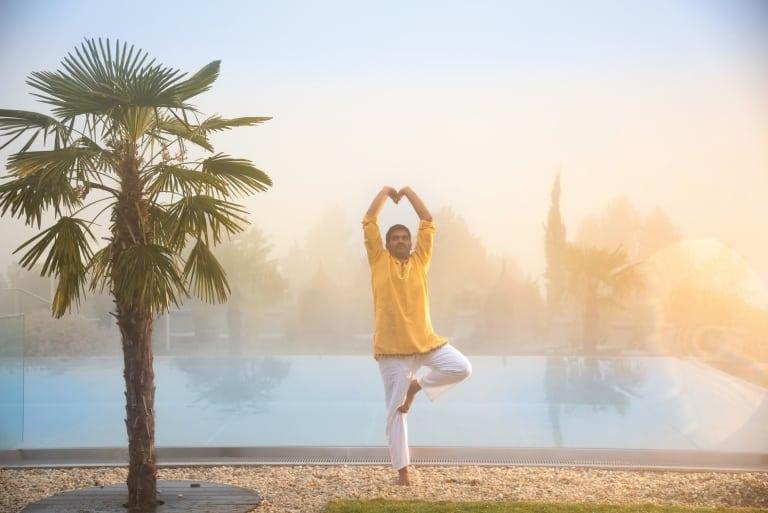 Meditative Atmosphäre beim Yoga