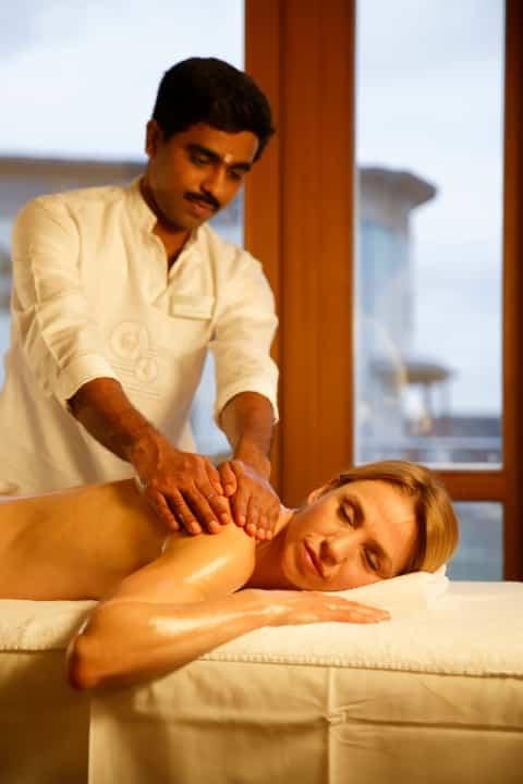 Ayurveda-Behandlung im Gesundheitshotel Larimar