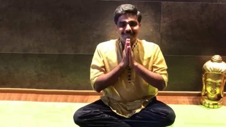 Hatha Yoga mit Swami im Hotel Larimar