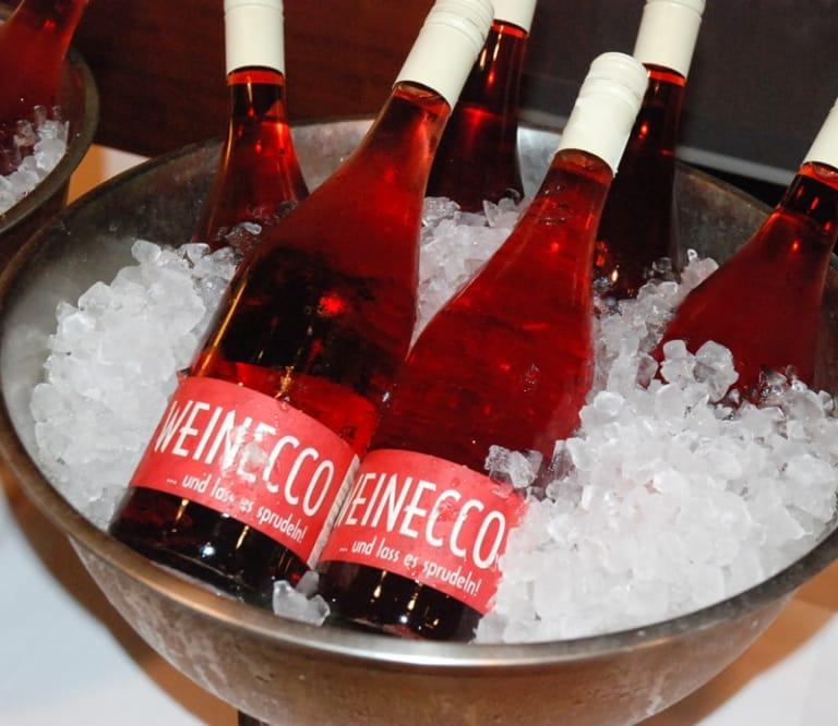 Wein-vom-Weingut-Weinek-im-Larimar